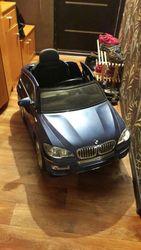 Продам детскую машину BMW X6